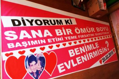 Evlilik Teklifi Pankartları